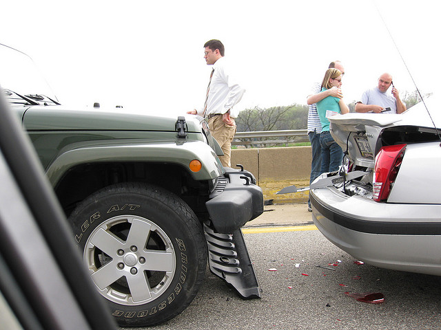 Car accidents like this rear-end collision occur everyday ... do you know what to do in case of an accident like this one?